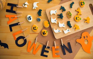 Halloween Crafts and Tasty Treats