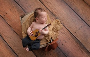 favourites-mainimage-baby music2017